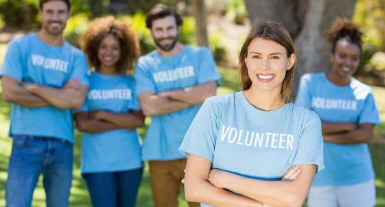 Bild einer Gruppe von Freiwilligen